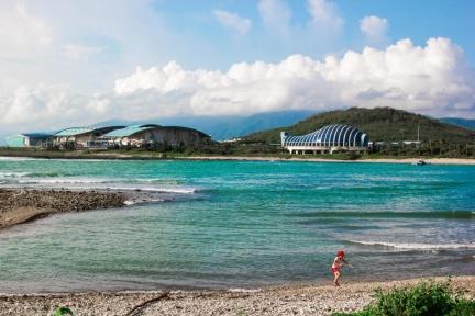 屏東6大秘境!海灣、夕陽、瀑布,讓你錯以為在國外度假!