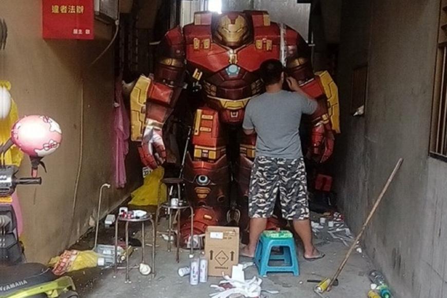 圖/洪紹玲 提供 獨/親弟弟的離別 開啟三姐弟的紙紮文創之路