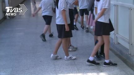 學生失控打老師,老師的人身安全誰來保護?