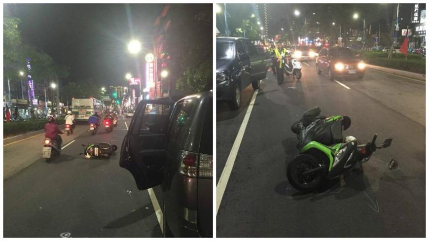 新北市一名女騎士指控遭違停的車輛開車門撞倒,還被對方踹了2腳。(圖/翻攝畫面) 三寶違停開車門 女騎士被撞倒控訴:還踹我2腳