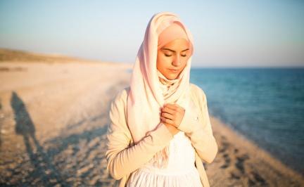 只想心碎一次的穆斯林千金,在自由的美國