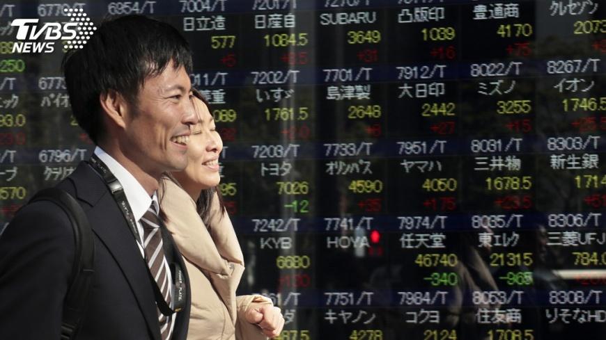 圖/達志影像美聯社 無視北韓試射飛彈 日股收漲