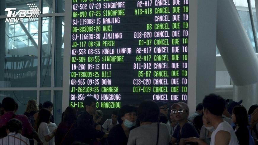 圖/達志影像美聯社 峇里機場重開! 視風向決定是否再關閉