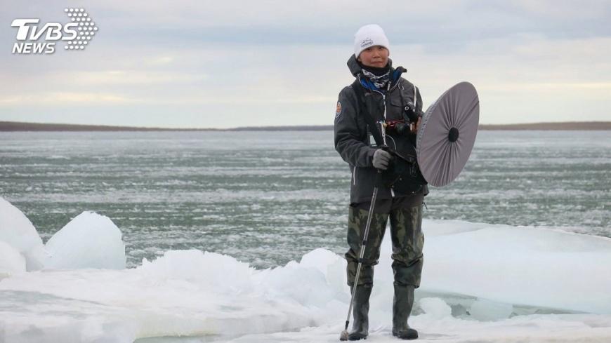 圖/中央社 曾奕晴探生態源起 收錄極地苔原北國聲