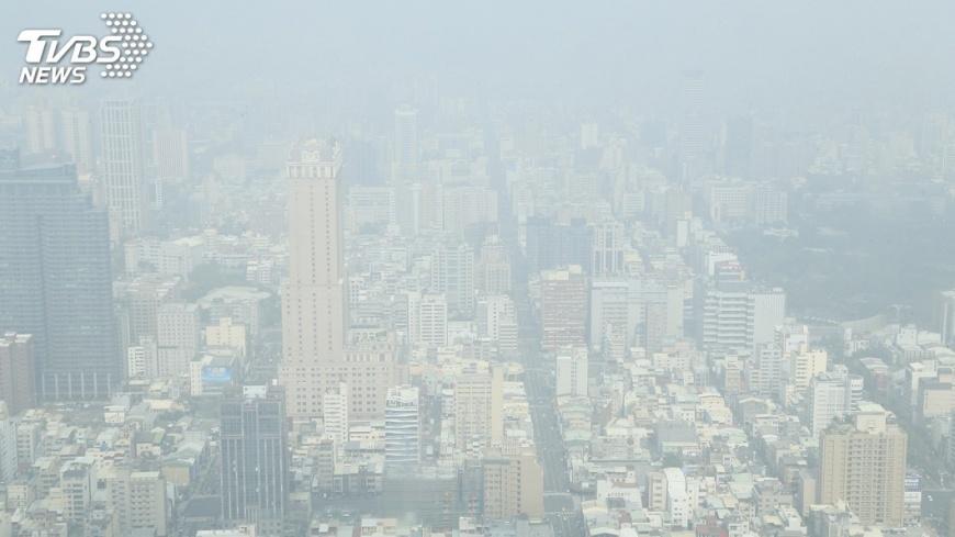 圖/中央社 空品紅色警示 高市祭出減廢減污機制