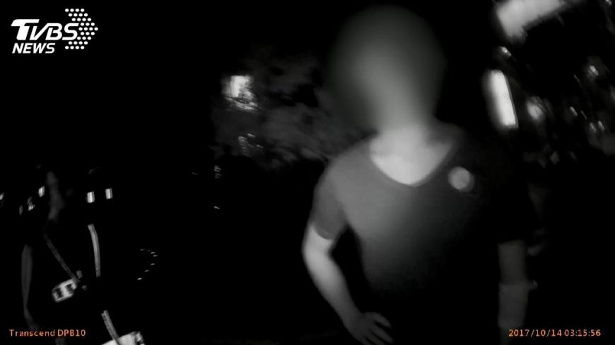 圖/TVBS 拉風大黃蜂酒駕肇逃 21歲車主:能關說嗎?