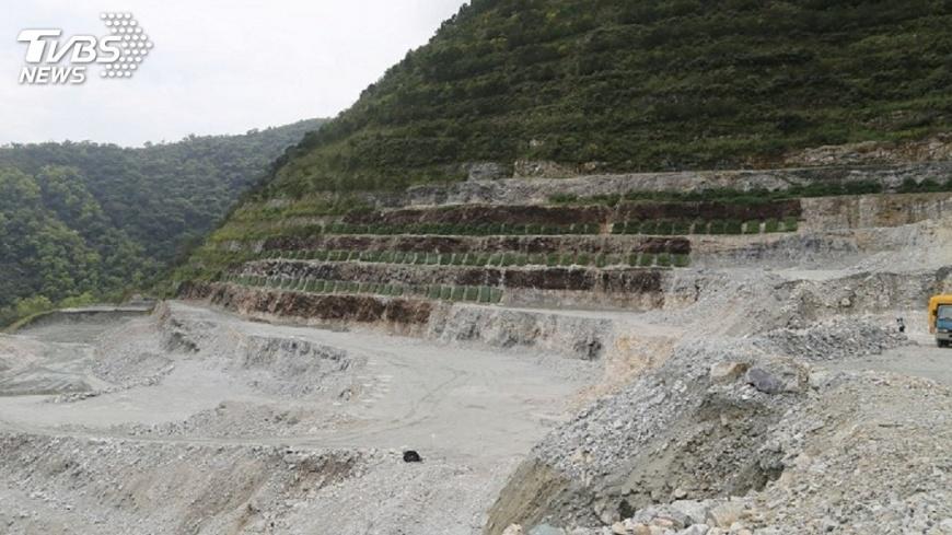 圖/中央社 礦業法修正後 亞泥3年內環評未過可廢礦