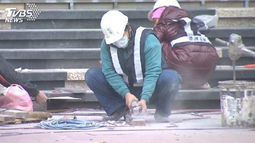 圖/TVBS 快訊/營造職災死亡率高! 「職安卡」規範安全訓練