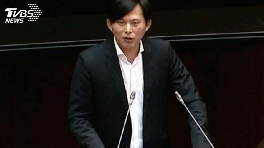 圖/TVBS 黃國昌罷免投票日 雇主應給選區勞工休假