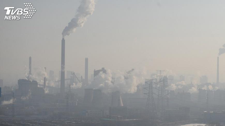 圖/達志影像路透社 約束企業 中國2018年起開徵環保稅