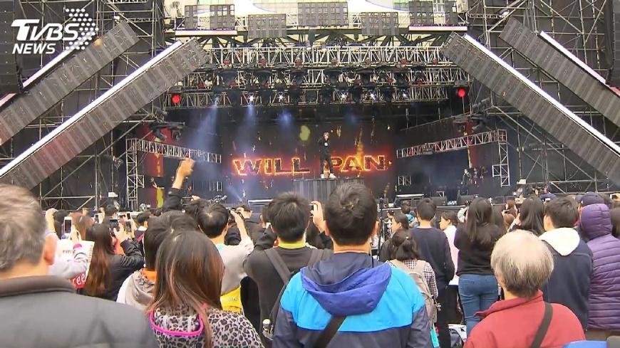圖/TVBS 潘瑋柏帥氣彩排 現身新北耶誕城演唱會