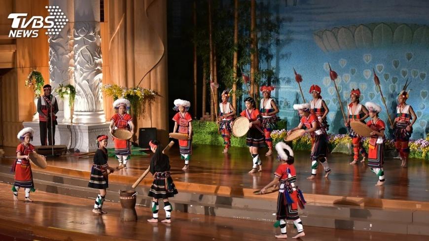 圖/中央社 歲末祝福 歌舞感謝慈濟援建校舍