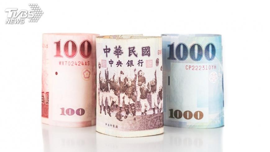 示意圖/TVBS 新台幣量縮升0.5分 創1個月新高