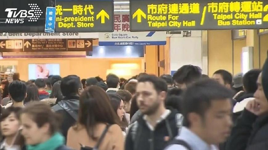 圖/TVBS資料畫面 跨年夜6時到元旦24時 北捷不收班