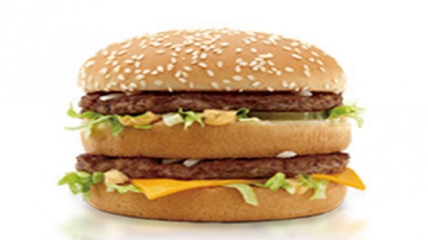 女網友分享阿公想吃「美國菜包」,她想了好久終於買到。(示意圖/翻攝自麥當勞官網) 阿公想吃「美國菜包」 滿滿洋蔥暖哭眾人