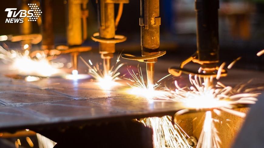 示意圖/TVBS 製造業去年產值增5.85% 終結2年負成長