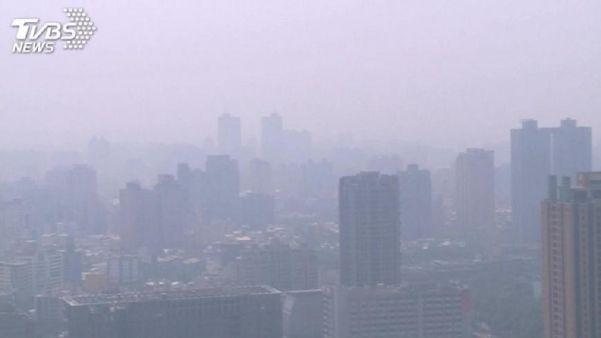 圖/TVBS 越晚越冷!跨年夜下探13度 近3年最強空污襲台