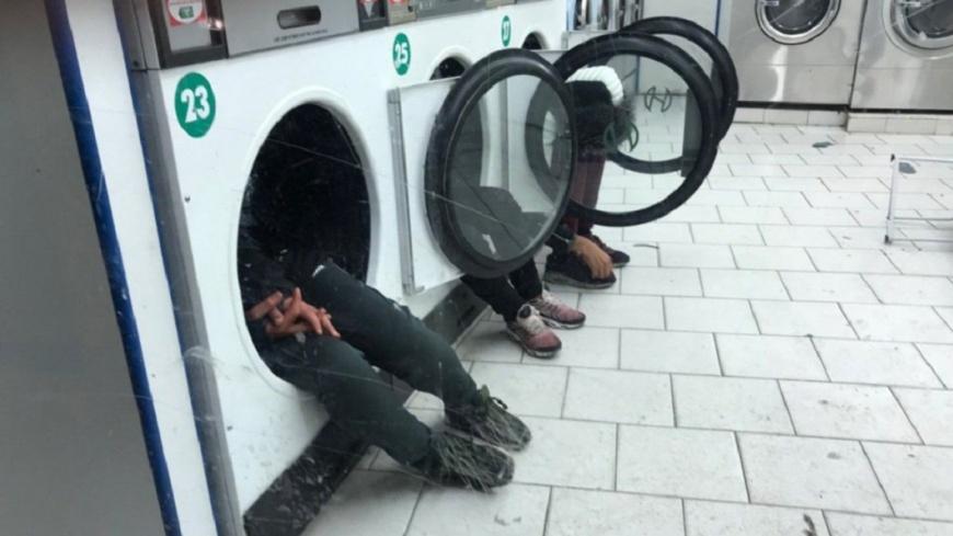移民少年浪跡巴黎 天冷睡洗衣機滾筒取暖