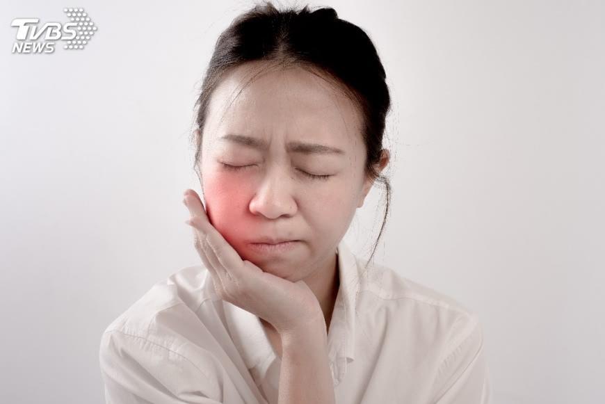 示意圖/TVBS 常嘴破代表免疫力亮紅燈? 出現2情況快就醫