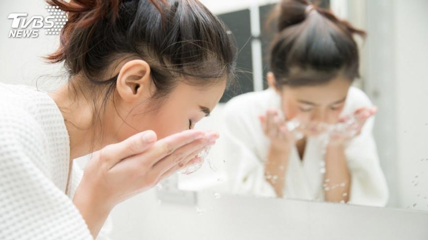 示意圖/TVBS 肌膚也要小心空污 教你如何正確洗臉