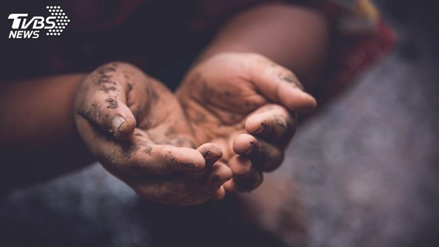 示意圖/TVBS 翻身不易... 受助家庭逾15%為「貧窮世襲」