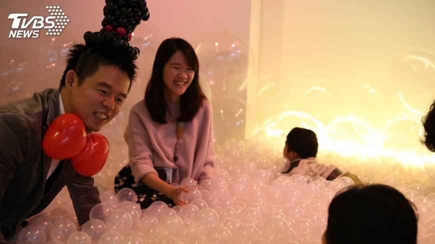 圖/中央社 南向馬來西亞 李承澔開啟氣球新人生