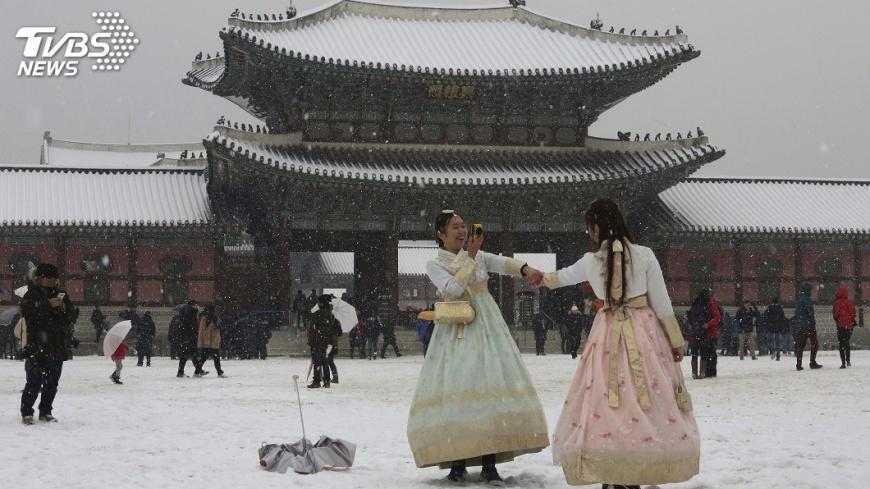 圖/達志影像美聯社 自由行正夯 春節日韓旅行團盛況不再