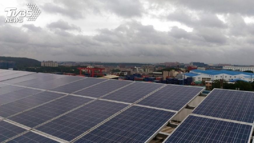圖/中央社 賴揆:綠能建設每月整理進度 定期公布