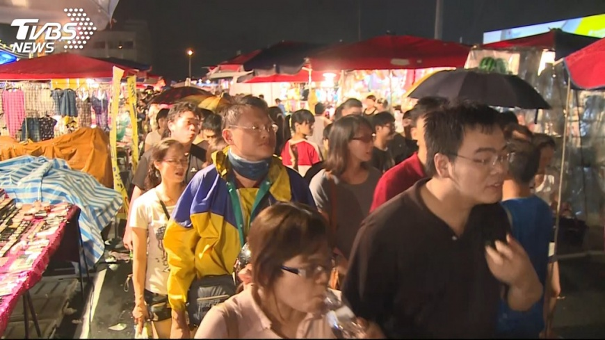 圖/TVBS 台中一年6夜市收攤 市府:換約非倒閉