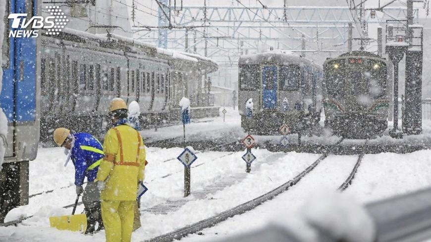 圖/達志影像美聯社 東京傍晚可望降大雪 部分交通已受影響
