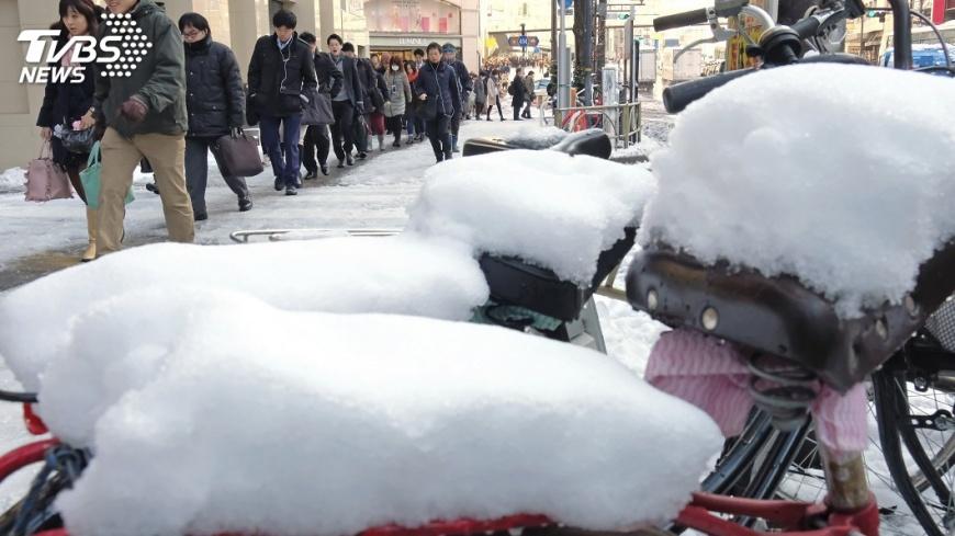 圖/達志影像美聯社 日本降大雪 外交部證實1台僑車禍喪生