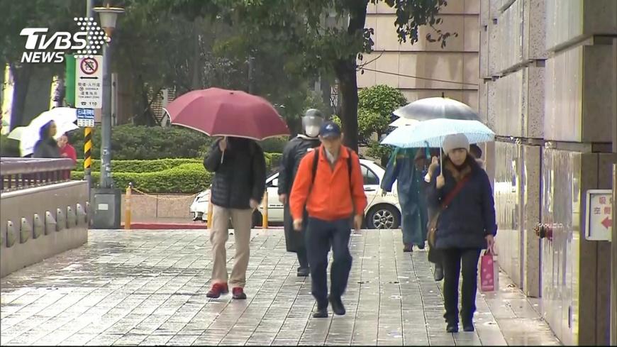 圖/TVBS資料畫面 明晚變天!週三四「可望飄初雪」 下週日恐有冷氣團報到