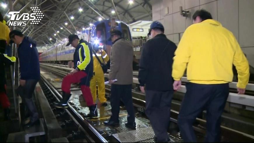 圖/TVBS 保障旅客安全 機捷進行事故災害演練