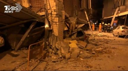 地震來襲躲桌下,沒桌子怎辦?