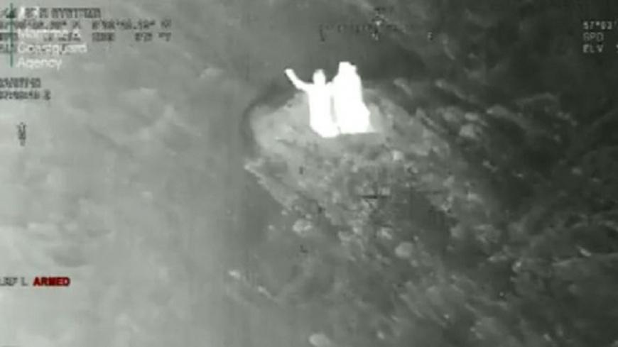 圖/BBC News 蘇格蘭滑雪客受困 挖雪洞避寒順利獲救