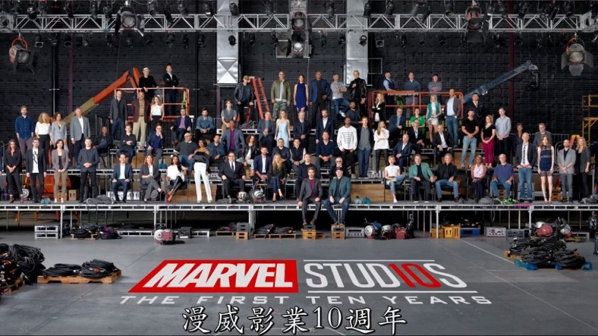 圖/臉書 漫威英雄全員到齊 慶祝10週年拍大合照