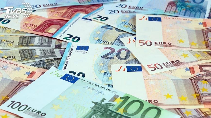 示意圖/TVBS 2017年歐元區經濟增幅 9年來首次超越美國