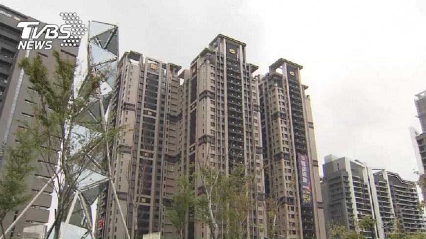 受到少子化和人口老化衝擊,台灣房市專家預估自2030年起,每年轉移量恐下探不到20萬棟。(圖/TVBS) 房市受「少子化」衝擊 2030年交易量下探20萬棟