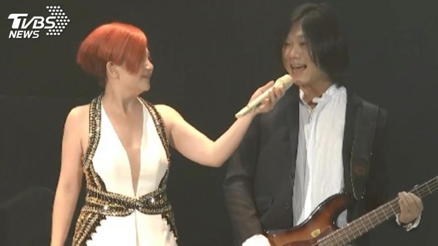 梁靜茹和瑪莎在演唱會上合體