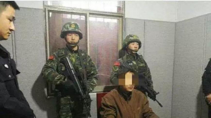 陝西一名男子在13歲時目睹母親被鄰居打死,他在22年後報仇,把鄰居父子一家三口打死。(圖/翻攝自陸網) 目睹母被鄰打死 男在22年後除夕夜殺他一家三口