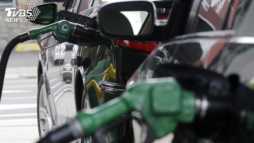 圖/達志影像美聯社 英油預測 全球石油需求2030年代末觸頂