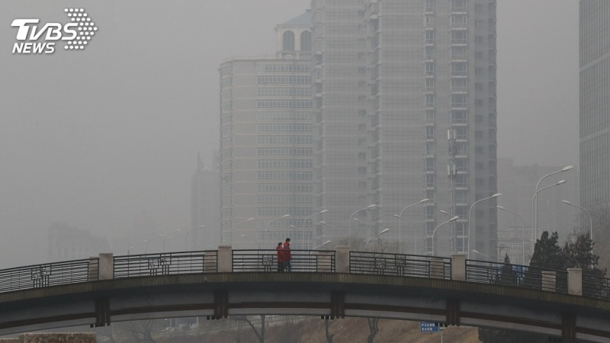 圖/達志影像美聯社 中國環保稅4/1開徵 逾26萬戶要納稅