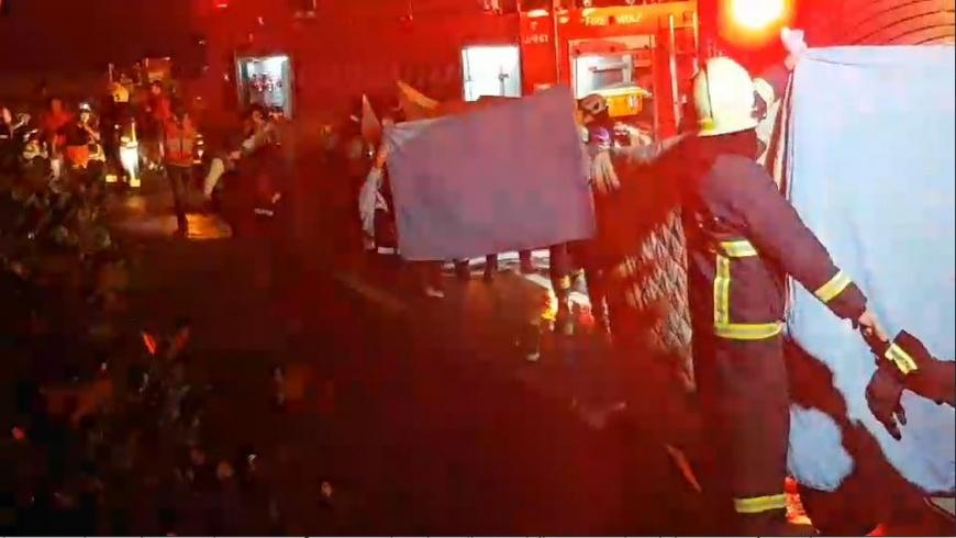 圖/TVBS 敬鵬大火還在燒…5消防員殉職 2移工不治