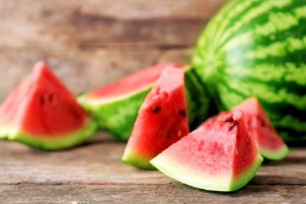 老人常說:「晚上別吃西瓜」 是迷信還是事實?