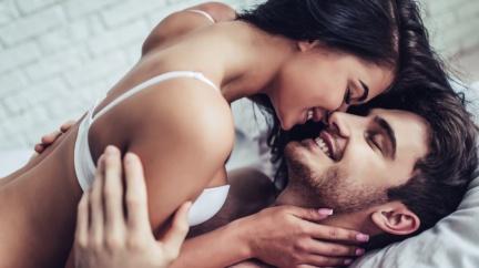 經前親熱能加速月經到來、減緩經前症候群?婦產科醫師說…