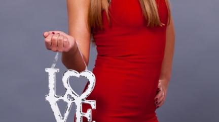 紅色熱情浪漫…研究:女穿紅衣 男人想上床