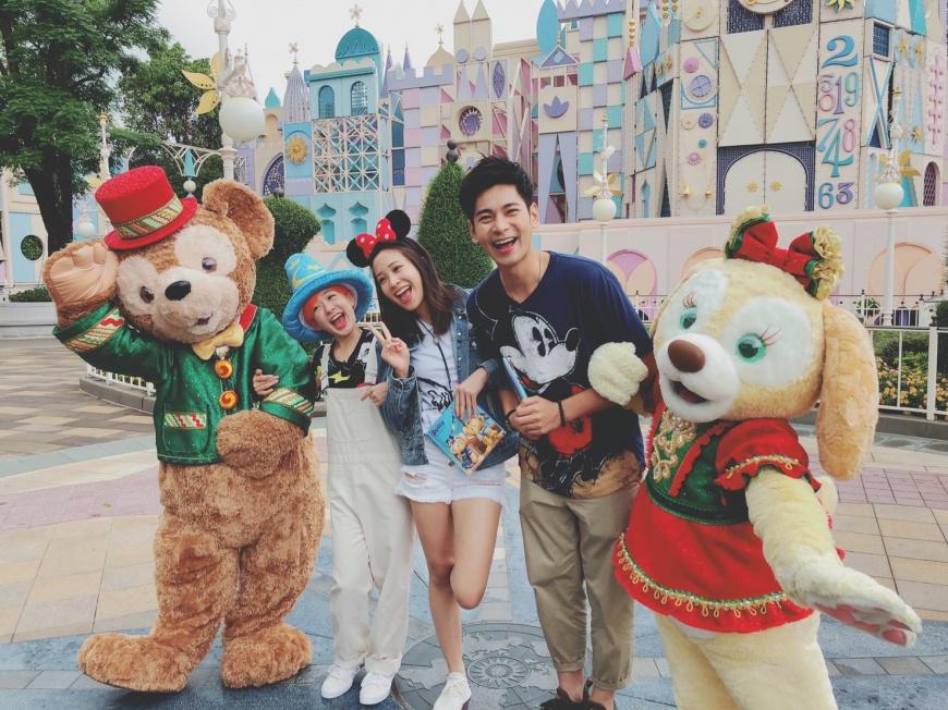 楊子儀偏愛米妮就怕米奇吃醋 香港迪士尼聖誕樂園照醬玩