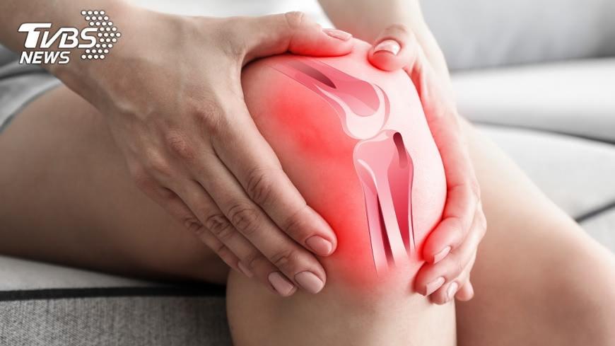 缺乏維生素D可能會造成骨頭疼痛。示意圖/TVBS