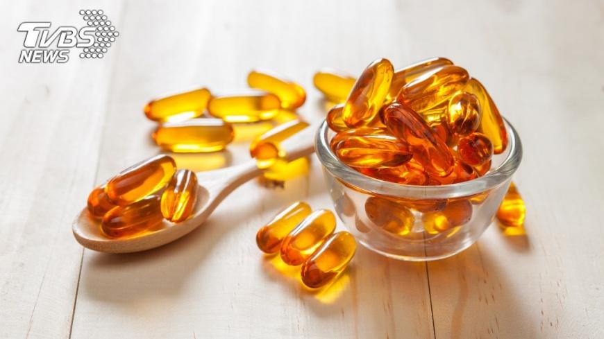 吃魚油是錯誤的防癌觀念之一。示意圖/TVBS