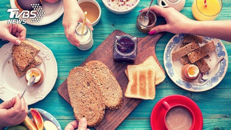 不吃早餐易使身材走樣。示意圖/TVBS